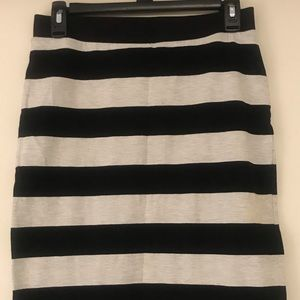 DIVIDED Striped Pencil Skirt